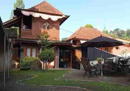 Bantal Guling Villa Lembang Bandung