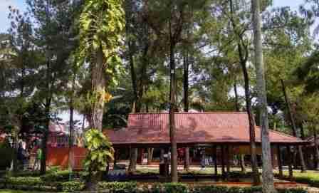 Harga Tiket Taman Wisata Situ Gintung