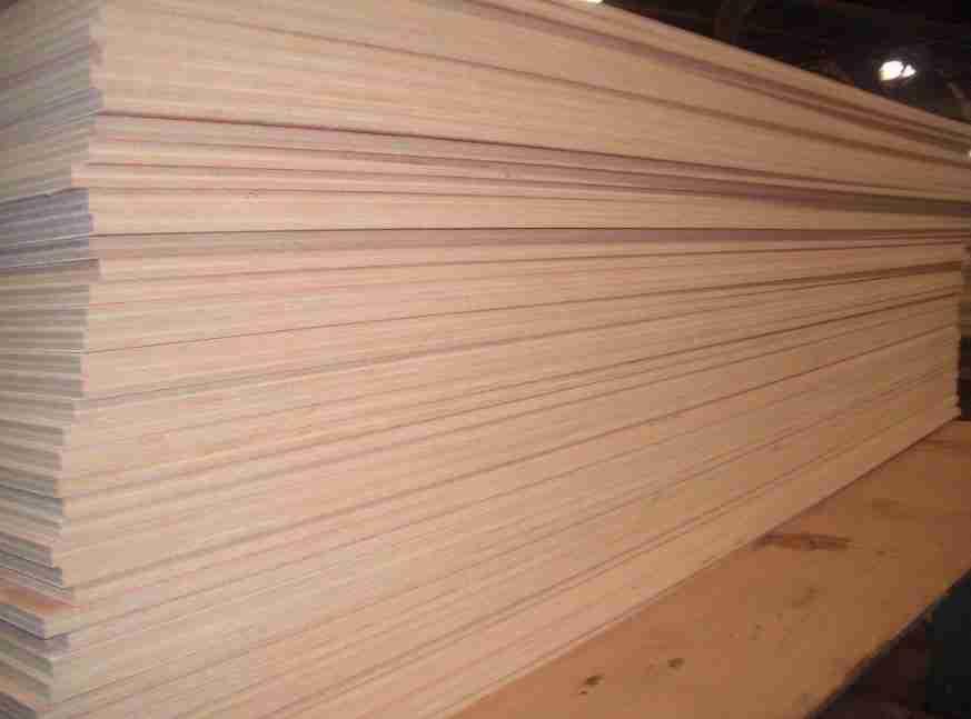 Plywood Triplek